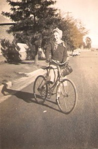 Mum-Bundanoon 1944-sports 003