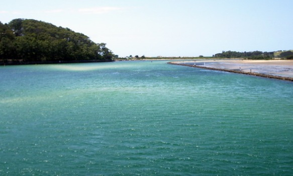 View of the Wagonga inlet from the Narooma bridge